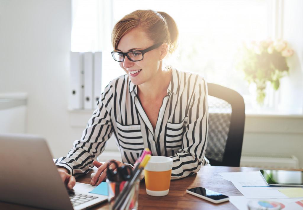 entrepreneur in her office